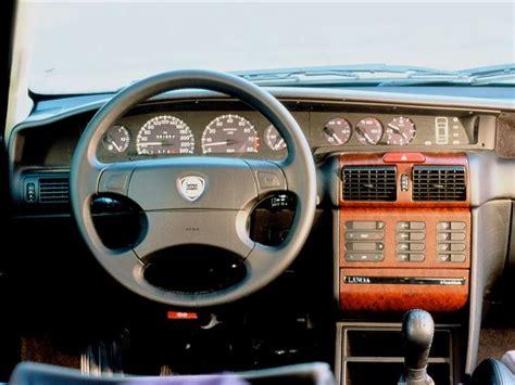 Lancia Dedra - Classic Car Review | Honest John