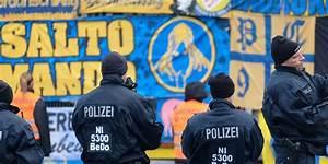 Abwasserrohr Defekt Wer Zahlt : wer zahlt den polizeieinsatz beim derby ~ Frokenaadalensverden.com Haus und Dekorationen