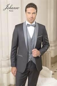 costume mariage gris bouton de manchette demi lune gris argent johann costumes de mariage chemises gilets et