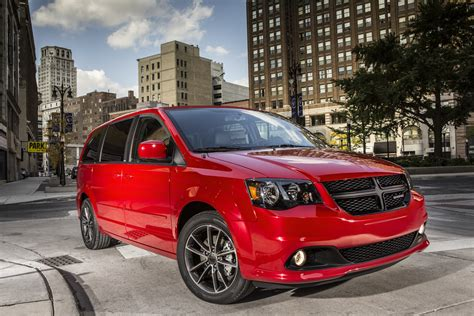 2015 Dodge Caravan Review by 2015 Dodge Grand Caravan Styling Review The Car Connection