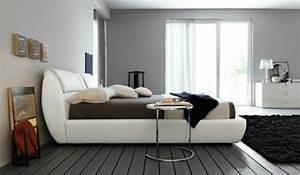 Grau Weißes Sofa : mehr als 150 unikale wandfarbe grau ideen ~ Indierocktalk.com Haus und Dekorationen
