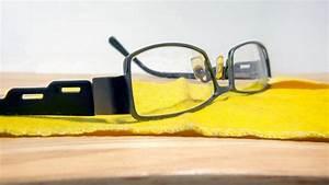 Kratzer Aus Glasscheibe Entfernen : kratzer aus brille entfernen und neuen vorbeugen ~ Watch28wear.com Haus und Dekorationen