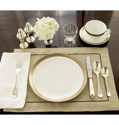 Setting Your Table For The Holidays  Trendy Tree Blog