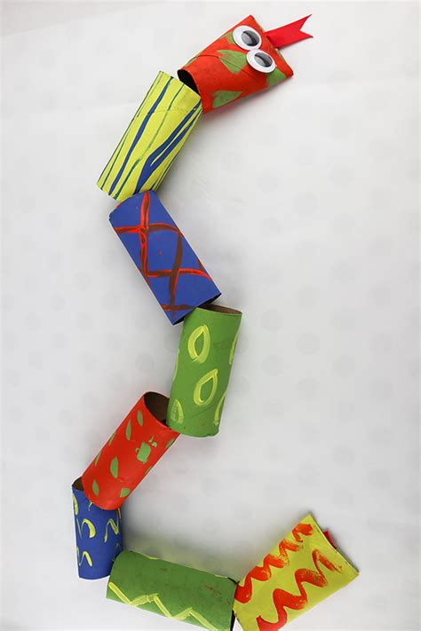 toilet paper roll snakes easy  fun craft  kids