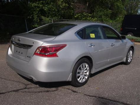 photo image gallery touchup paint nissan altima in
