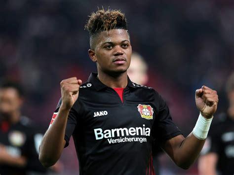 Leon Bailey erzielt einen Doppelpack für Leverkusen (Photo ...