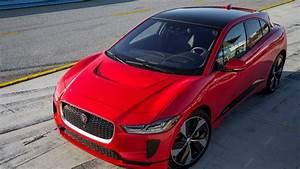 Jaguar I Pace : jaguar i pace sets claimed electric car lap record at laguna ~ Medecine-chirurgie-esthetiques.com Avis de Voitures