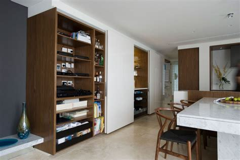 Suburban Stylish Apartment with Minimalist Decor : HouseBeauty