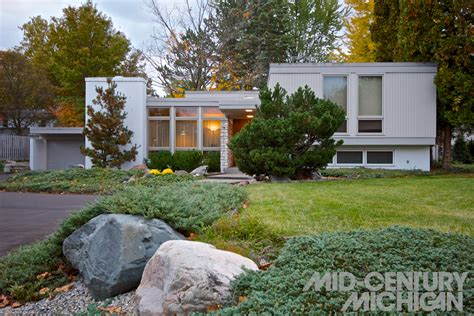 mid century ls for sale best of mid century modern homes for sale grand rapids mi
