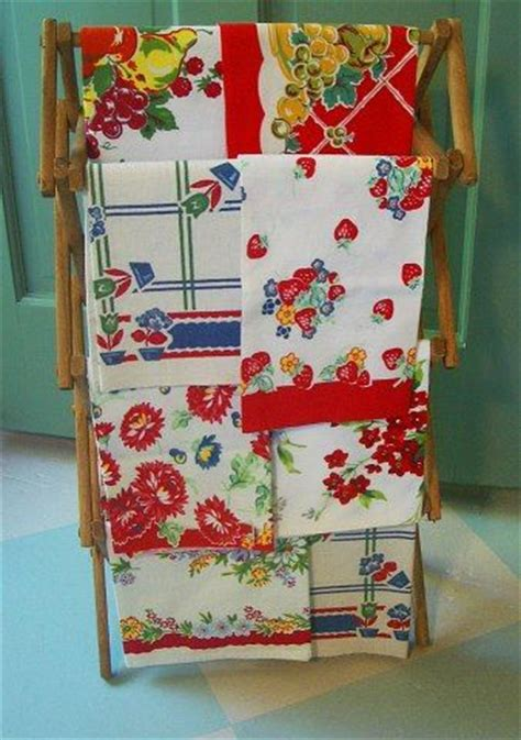 colorful kitchen curtains 17 best images about kitchens their trimmings 2 on 2343