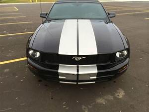Buy Used 2005 Ford Mustang V6 Convertible Premium 4 0l