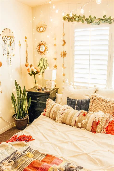 5 ideas to install a dressing room the headboard in