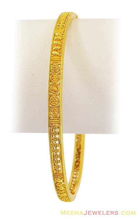 22k fancy gold bangle 1 pc bago12792 22k gold bangle 1 pcs fancy design with