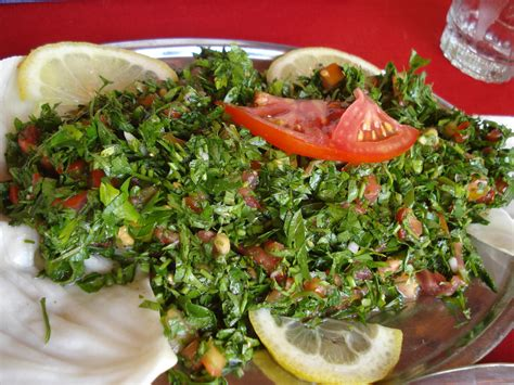 d8 cuisine file صحن تبولة jpg wikimedia commons
