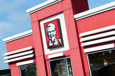 kfc  lawsuits accuse manager  sexually assaulting