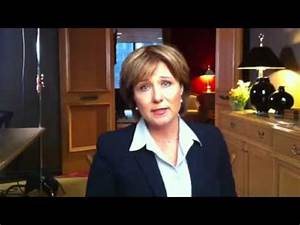 Premier Christy Clark speaks out against bullying - YouTube