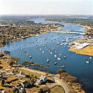 Narragansett Bay   bay, Rhode Island, United States ...
