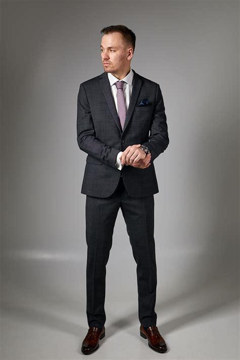 Vīriešu uzvalki, kāzu kostīmi - Franko Suits