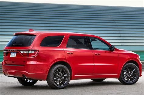 2018 dodge durango r t and srt gets stripes and more mopar