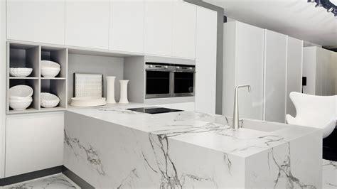 kitchen cabinets cleaner white kitchen with white granite worktops ideas 2924