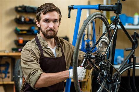 fahrradmonteur einkommen aufstieg ausbildung