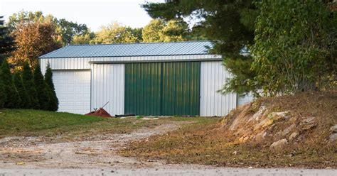 how to build a pole barn how to build a pole barn diy pole barns
