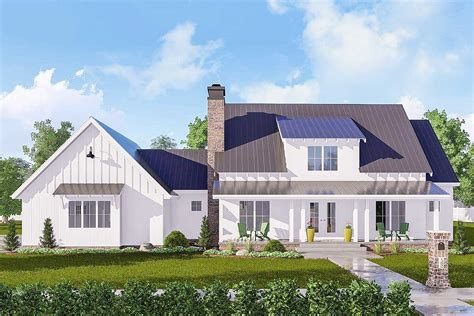 4-bed Modern Farmhouse With Double-sided Interior