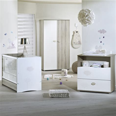 liste chambre bébé chambre bébé trio nael lit commode armoire de sauthon