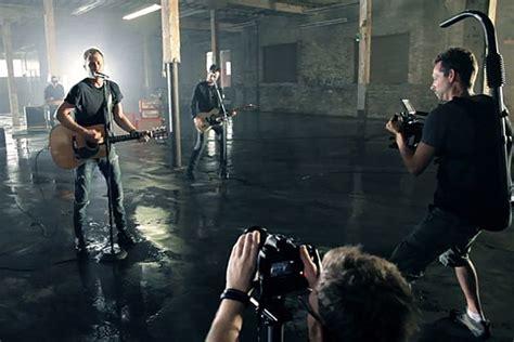dierks bentley takes    scenes   hold  video