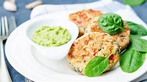 Schnelle Low Carb Gerichte : rezept lachs k chlein mit avocado dip ~ Frokenaadalensverden.com Haus und Dekorationen