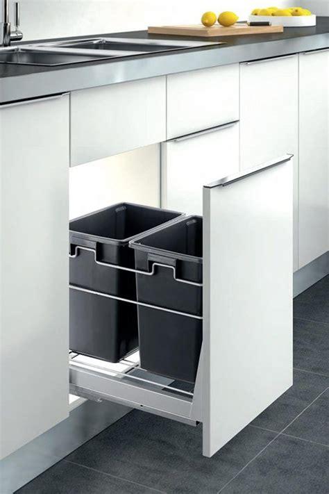 kitchen cabinet trash bin 25 best ideas about kitchen trash cans on 5838