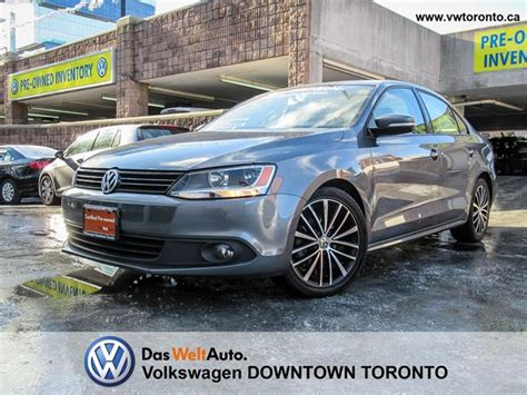 volkswagen jetta sunroof leatherette  alloys gray