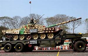 Indian Army deploys T-72 tanks in Ladakh to counter ...
