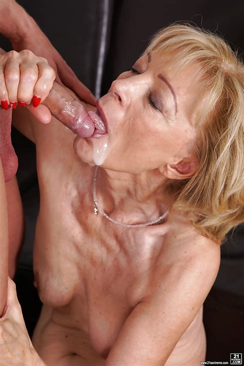 Granny Cummed While Blowing Marcodotato