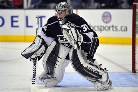 Jonathan Quick injury: Kings goalie diagnosed with groin ...