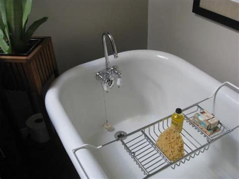 how to clean a porcelain sink with baking soda how to clean a porcelain bathtub or sink henry property