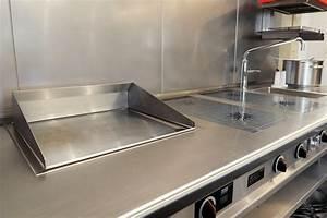 Echtholz Arbeitsplatte Küche : edelstahl arbeitsplatten f r und in der k che k chenhaus ~ Michelbontemps.com Haus und Dekorationen