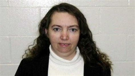 US Executes 52 Year Old Lisa Montgomery, First Female ...