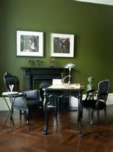 stühle fürs esszimmer grüntöne wandfarbe 40 vorschläge