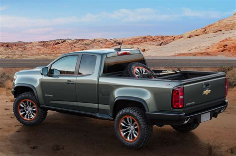 chevy concept truck chevrolet colorado zr2 concept debuts 2 8l diesel power