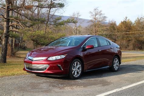 Electric Cars 2016 by In Electric Car Sales In Canada February 2016 Volt
