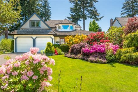 landscapers    landscaping companies