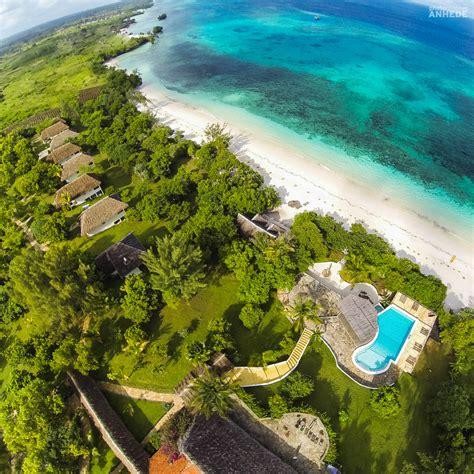 destination pemba island zanzibar  underwater room photographer anhede kickass