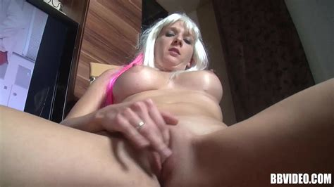 Bb Video Busty Blonde German Mature Fingers Her Shaved