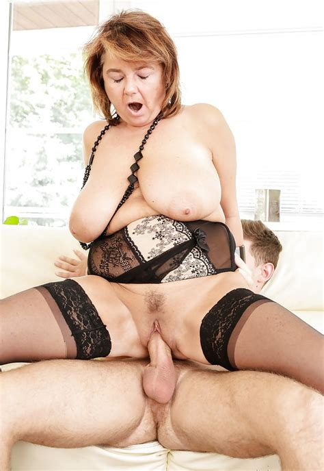 Mature Woman With Heavy Big Tits In Hot Stockings Fucked