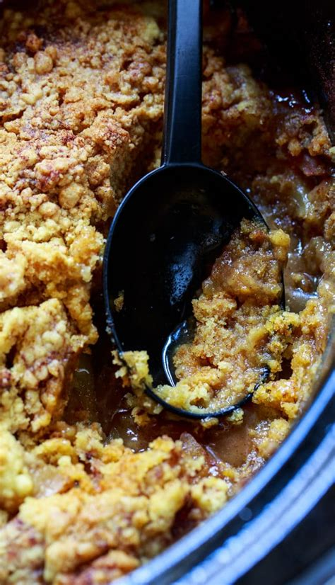 slow cooker apple cobbler spicy southern kitchen