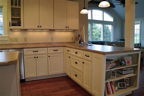 white kitchen cabinets shaker style cliqstudios