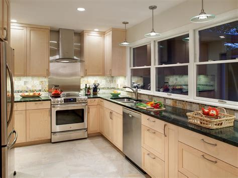 In Cabinet Lighting by Cabinet Lighting Choices Diy