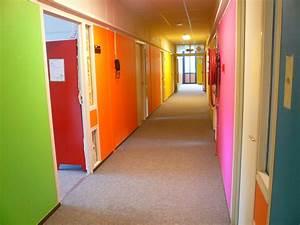 filemon couloirjpg wikimedia commons With couleur peinture pour couloir