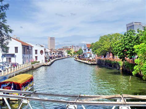 Melaka: Jonker Street   WORLDS TO TREK